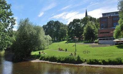 Akerselva ved Norsk Design-og arkitektursenter er et populært sted for å nyte naturskjønne omgivelser